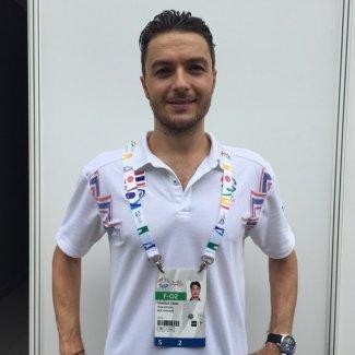 daniele-ferri-il-coach-pratese-medaglia-doro-in-thailandia